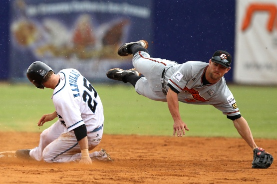 #6 Ryan Stovall of the Canberra Cavalry (Photo courtesy of Joe Vella / SMP Images / ABL)