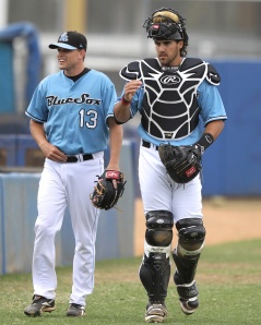 Vaughan Harris and Geoff Klein of the Sydney Blue Sox ( Joe Vella / SMP Images)