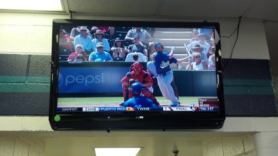 Everyone in the Mariners' clubhouse watched as Alex Liddi went  2-for-3 with a double, a two-run home run and 3 RBI against the Angels on March 5, 2013.