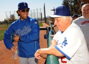 Tommy Lasorda and Team Italy hitting coach Mike Piazza (Photo by Jon SooHoo/LA Dodgers)
