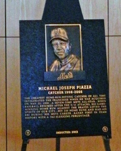 MIke Piazza was inducted into the Mets' Hall of Fame on September 29, 2013.