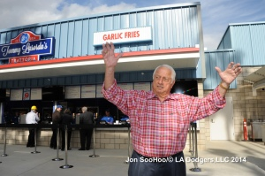 Tommy Lasorda raves about his Italian Trattoria.