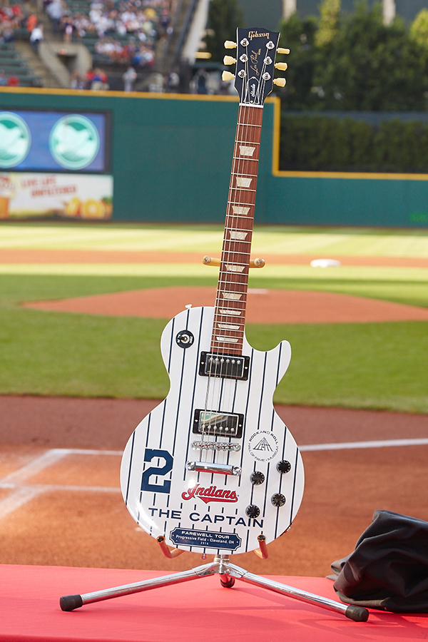 As part of the Jeter Farewell Tour, the Cleveland Indians gave the Yankees Captain a customized Gibson guitar.