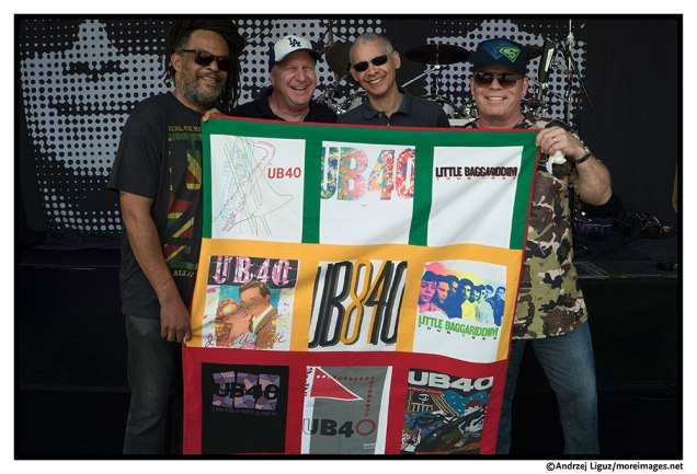 Roberto and UB40 in San Diego 2015.jpg